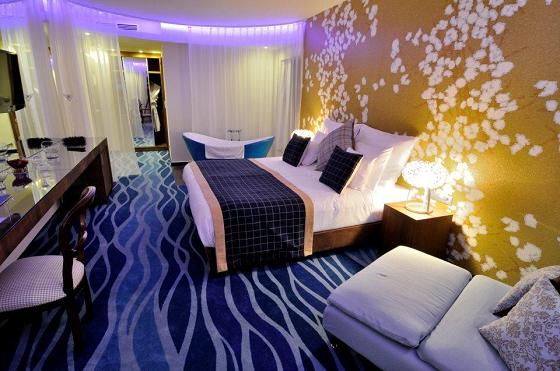 radici Hotel Cascade Resort Spa ic4hd 2015